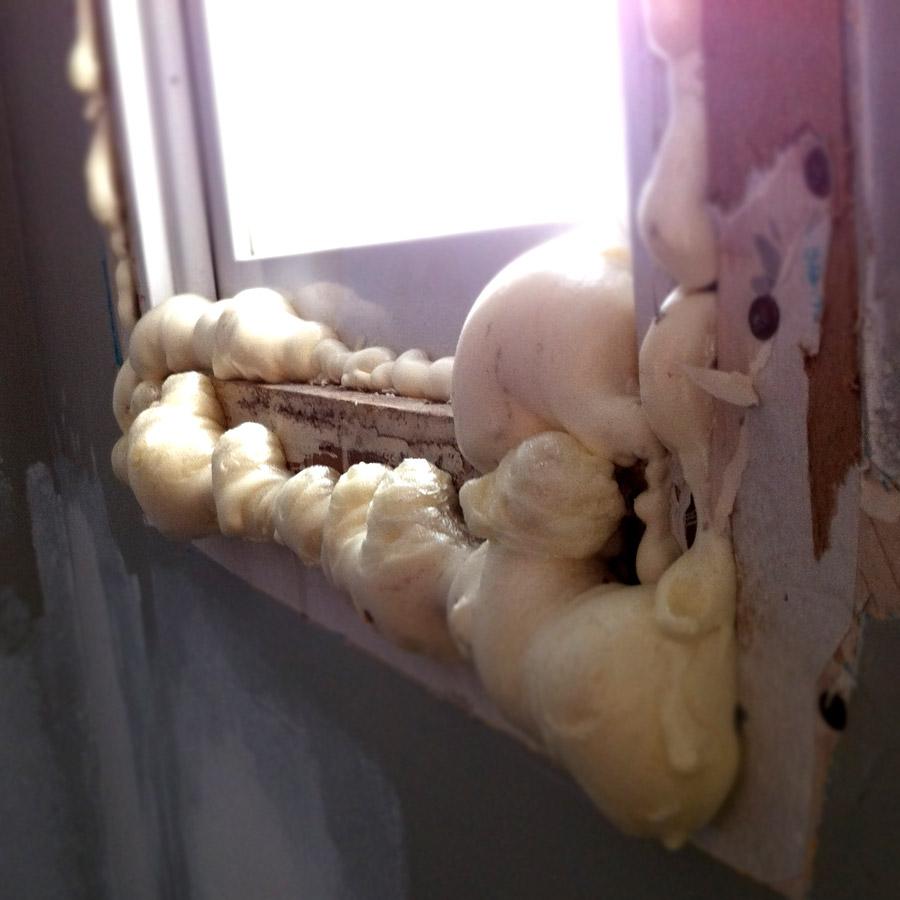Cutting spray foam insulation or how to cut spray foam