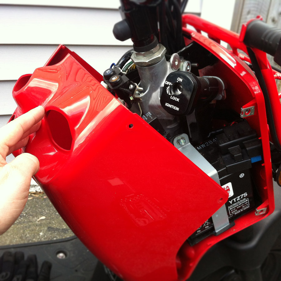 connecting a battery tender to a honda ruckus dadand com dadand com rh dadand com Honda Ruckus Fuse Cover Honda Ruckus Ignition Install