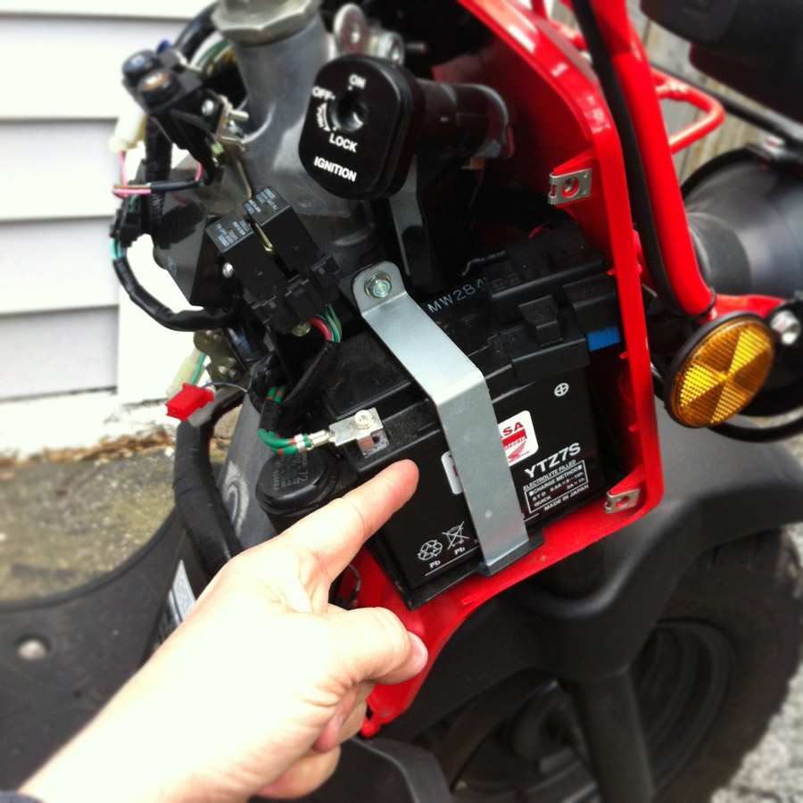 connecting a battery tender to a honda ruckus dadand