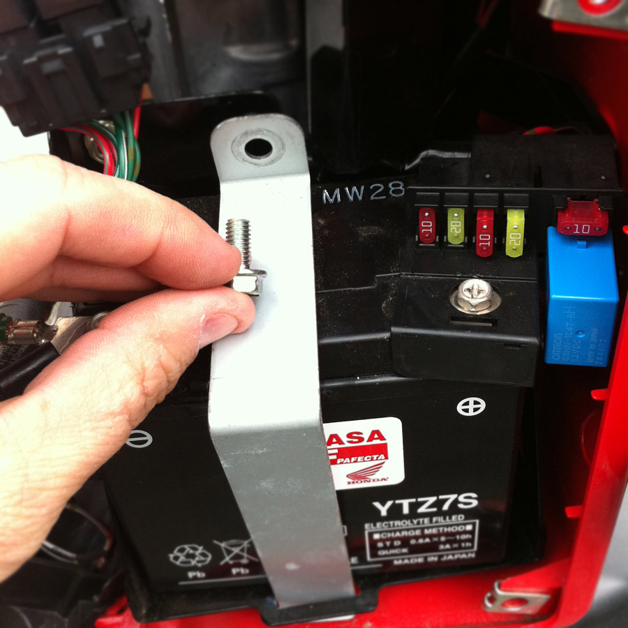 Honda Ruckus Battery Strap