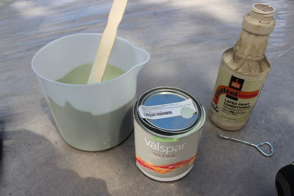 The Valspar Ultra was some pretty thick stuff. And I've used similar hand-held airless sprayers in the past—you will have to dilute most latex paint in order to shoot it. I used the Flood Floetrol latex paint additive (Lowe's P/N 41589) http://www.lowes.com/pd_41589-71-FLD6-04_0__?productId=3376244 to thin the paint. You can see my bottle looks dusty as I always seem to have some on hand—it works great!