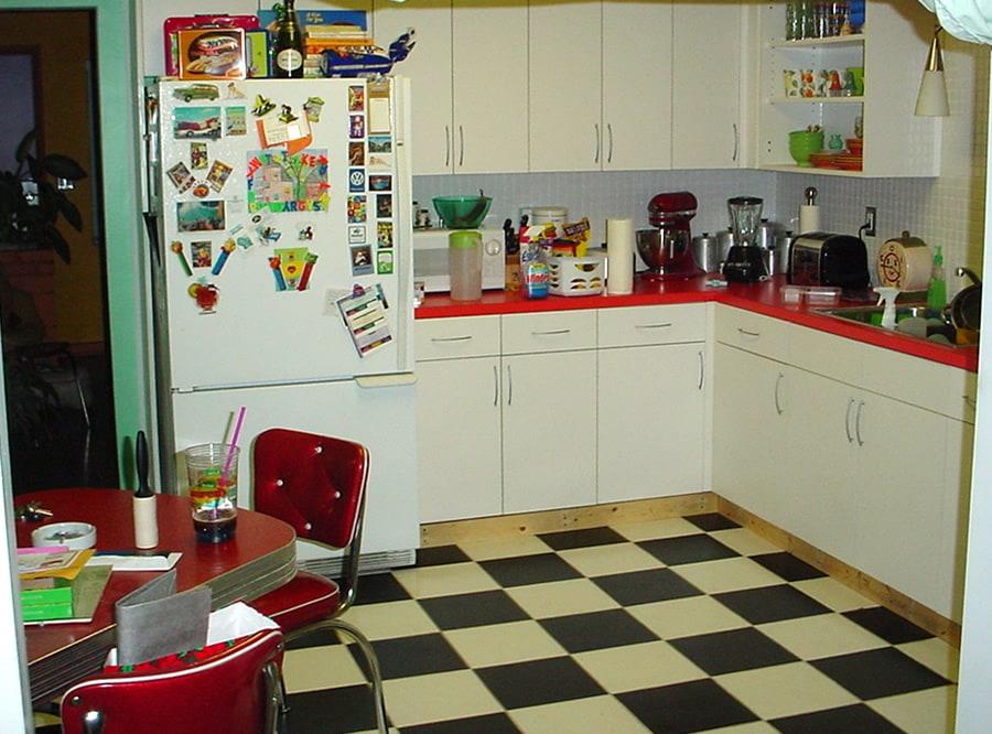 i re-tiled my kitchen | dadand - dadand