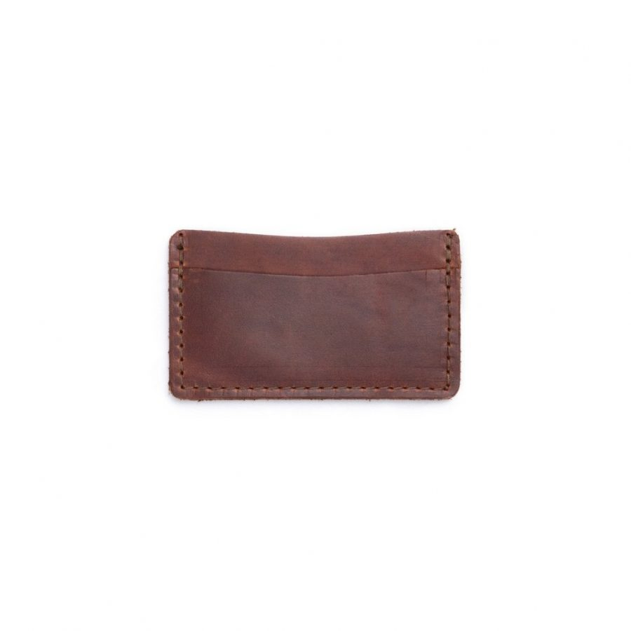 DIY Dad blogger carries this Rustico single track leather wallet in his front pocket